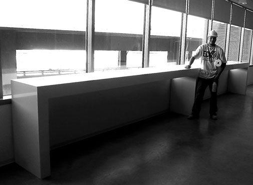 worker with modern es install